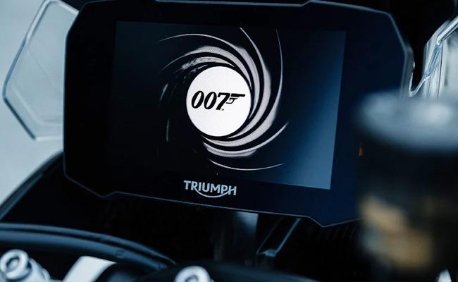Triumph%20Tiger%20900%20Bond%20Edition%20%282%29.jpeg