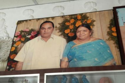 Elderly Couple Brutally Murdered In Gudiwada - Sakshi
