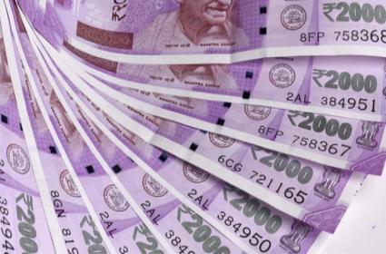 Police Caught Hawala Money According To A False Complaint In Tamilnadu - Sakshi