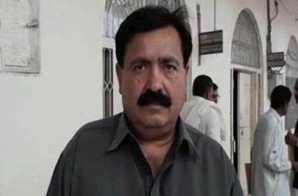 Pakistan Independent Candidate Declared Over 223 Billion Rupees In Assets - Sakshi