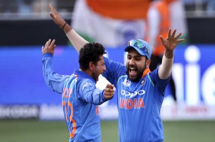 Pakistan Set Target Of 163 Runs Against India - Sakshi