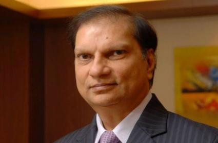 Gujarat Businessman Nitin Sandesara Escaped To Nigeria With Family - Sakshi