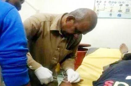 Peon Put Stitches In Haryana - Sakshi