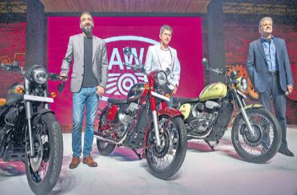 Mahindra revives classic Jawa brand with 3 new motorcycles starting at Rs 1.55 lakh  - Sakshi