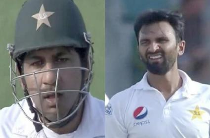 Sarfraz Ahmed gives an earful to Bilal Asif for bowling a poor delivery - Sakshi