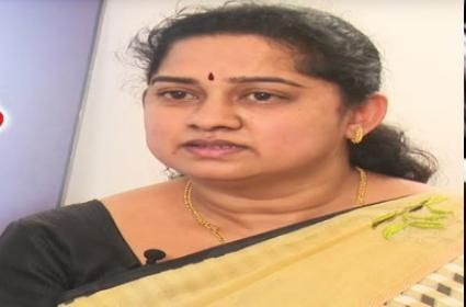 Paritala Family Is Main Conspirator In Maddela Cheruvu Suri Murder Case Said By Bhanumathi - Sakshi
