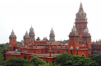 Madras HC Issues Notice To Centre On 10 Percent Quota  - Sakshi