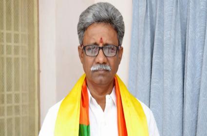 BJP Leader Pydikondala Manikyala Rao Started Hunger Strike - Sakshi