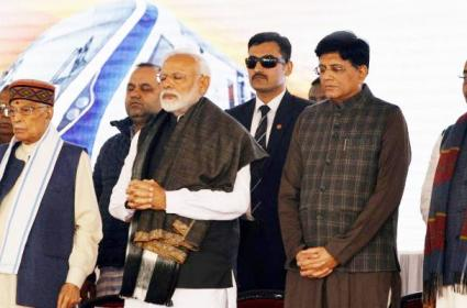 Pulwama Attack PM Modi Asks Armed Forces To Choose Time To Give Answer Terrorists - Sakshi
