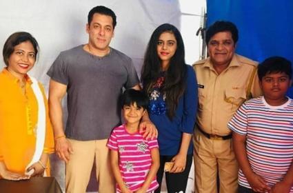 Comedian Ali To Play In Salman Khan Dabaang 3 Movie - Sakshi