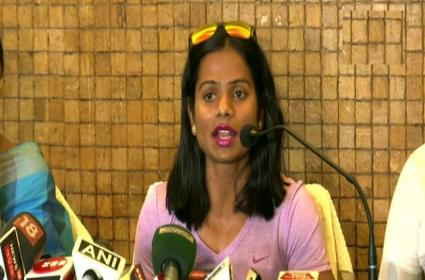 Dutee Chand Says Had To Come Out As Sister Was Blackmailing Me For Money - Sakshi