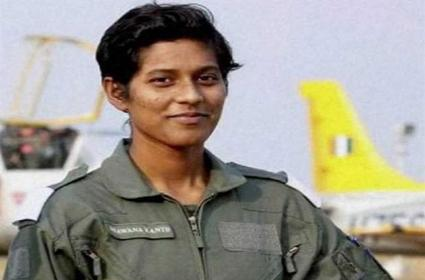 Bhawana Kanth 1st woman pilot to qualify as full-fledged fighter - Sakshi