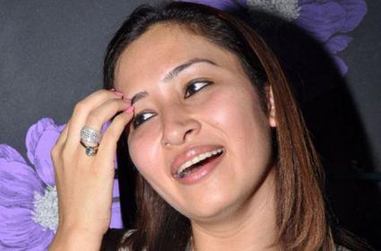Gutta Jwala Clarifies Not Contesting In Bigboss Show - Sakshi