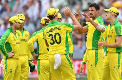 Australia beat England by 64 runs - Sakshi