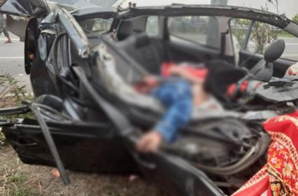 Three Died In A Road Accident In Nizamabad - Sakshi