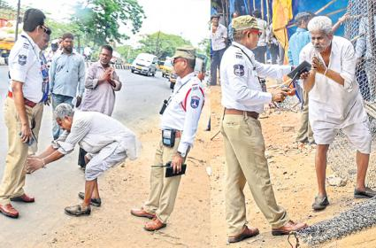 Traffic Police Rude Behaving With Street Merchant in Hyderabad - Sakshi