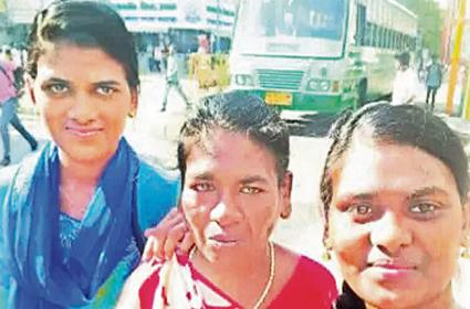 Mother is Reunited with Her Daughters After 14 Years - Sakshi