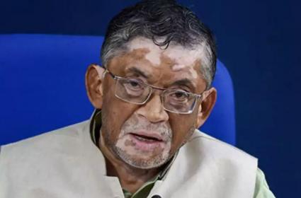 Union Labour Minister Santosh Gangwar Made A Controversial Remark - Sakshi