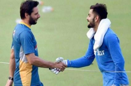 Afridi Hails Kohli After Half Century Against South Africa - Sakshi