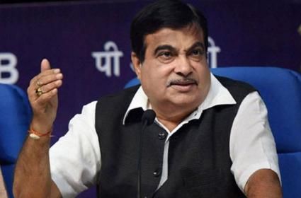 Nitin Gadkari Says Buses Will Soon Run On CNG - Sakshi
