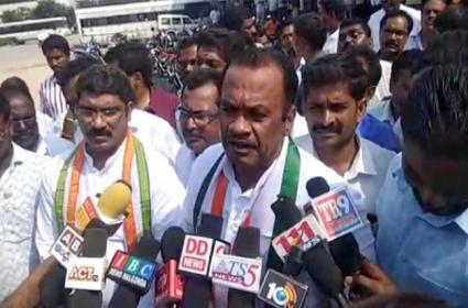 Komatireddy Venkat Reddy Supprts RTC Employees Strike - Sakshi