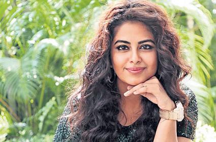 avika gor interview about raju gari gadhi 3 - Sakshi