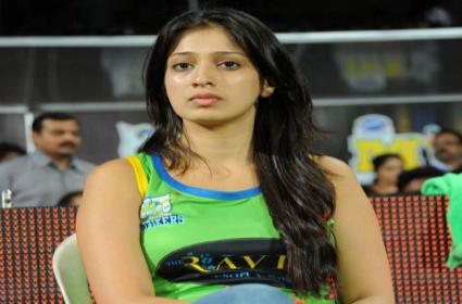 Young Directors Interest To Movie With Heroine Raai Laxmi - Sakshi