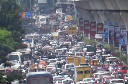 Congress Protest, Heavy Traffic Jam in Secunderabad-Panjagutta Route - Sakshi