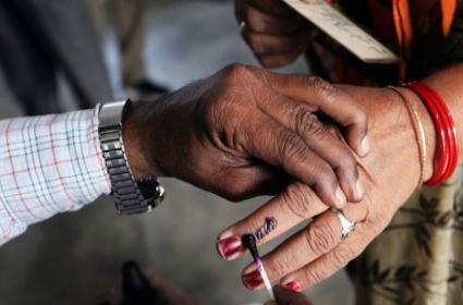 Huzurnagar By Poll Election Poling ToDay - Sakshi