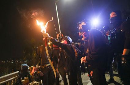 Hong Kong protests: Students Ready Bows and Arrows for Battles with Police - Sakshi