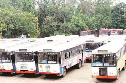 Mushirabad Bus Depo Buses Are Not Moving On The Road - Sakshi