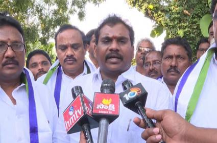 TDP Key Leaders From Jaggampeta Joins In YSRCP - Sakshi