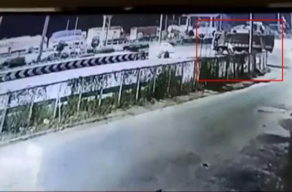 Tondupally CCTV footage that help police solve crime - Sakshi