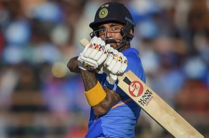 Watched Videos Of Smith And AB De Villiers, KL Rahul - Sakshi