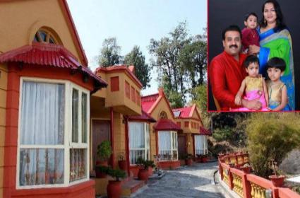 8 Kerala Tourists Found Dead In Nepal Hotel - Sakshi