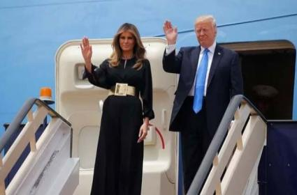 Donald Trump Will Arrive In India Highly Customised Boeing 747-200B Series Aircraft - Sakshi