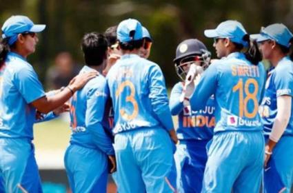 Brett Lee Says Need To Keep Close Eye on India Over Women T20 World Cup - Sakshi