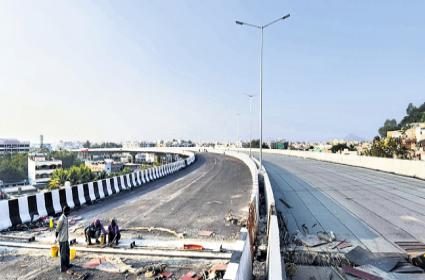 Kanaka Durga flyover to be inaugurated by March - Sakshi