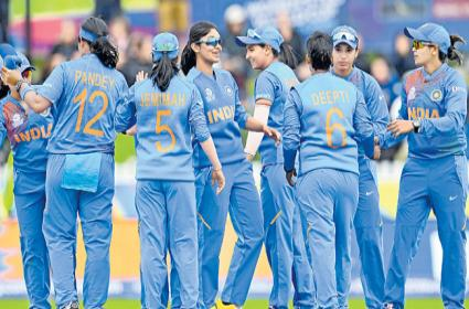 India Womens Cricket Team Reached Semis In ICC T20 World Cup - Sakshi