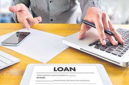 Most private banks choose opt in option on loan repayment moratorium - Sakshi