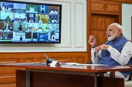Narendra Modi Will Hold Video Conference With All Chief Ministers On 11th April - Sakshi
