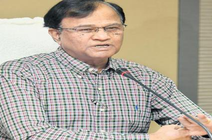 Home Electricity Usage Increased Due To Lockdown In Telangana - Sakshi