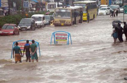 Northeast Monsoon Enters Tamil Nadu - Sakshi