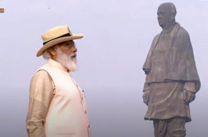 PM Modi pays tribute to Sardar Vallabhbhai Patel - Sakshi