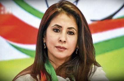 Urmila Matondkar May Elect To Maharashtra Lawmaker - Sakshi