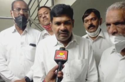 TRS Leaders Complaint To SEC Over National BC Commission Member - Sakshi