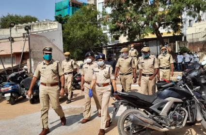 GHMC Elections 2020: Heavy Police Security For GHMC Elections - Sakshi