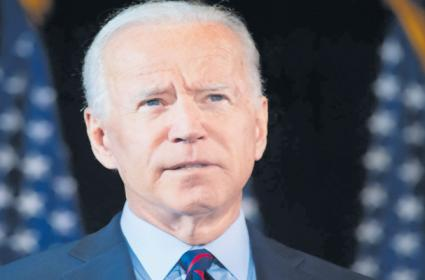 Joe Biden to Ask Americans to Wear Masks for 100 Days - Sakshi