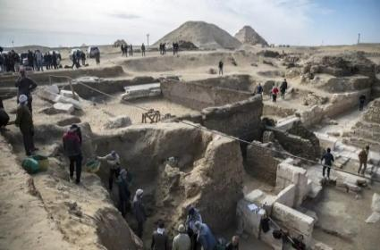 Archaeological Discovery in Egypt Rewrites History As We Know It - Sakshi