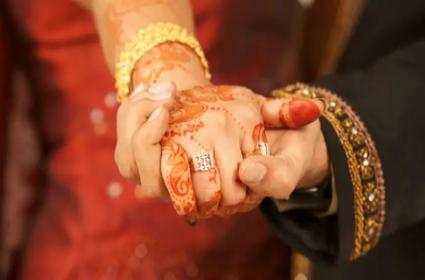 Medak Rajak Pally Man Ejection From Community Over Intercaste Marriage - Sakshi